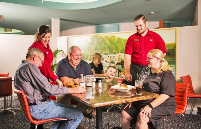 restaurants-in-wynnum-5